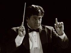 Nuevo director coral registrado: Luis Enrique Téllez (México)