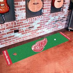 Detroit Red Wings Indoor Golf Putting Green