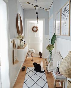 Hallways need to be fully light and provide ample light for performing tasks. Here are beautiful hallway lighting design ideas for your home. Hallway Walls, Hallway Wall Decor, Hallway Lighting, Hallway Decorating, Cool Lighting, Hallways, Lighting Design, Home Decor Store, Cheap Home Decor