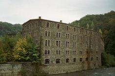 Altes Lagerhaus der Papierfabrik