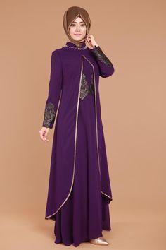 Kendinden Kolyeli Varaklı Şifon Abiye Mürdüm Ürün kodu: RZ6050 --> 129.90 TL Modern Hijab Fashion, Abaya Fashion, Muslim Fashion, Fashion Dresses, Lovely Dresses, Stylish Dresses, Modest Outfits, Dress Outfits, Modele Hijab