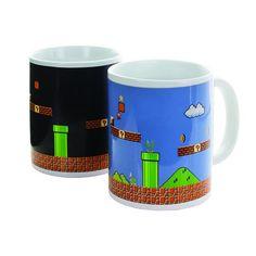 Taza Sensible al Calor Mario Bros:  Si pasaste horas jugando al Super Mario Bros en tu consola Nintendo, esta taza sensible al calor seguro que te encantará!