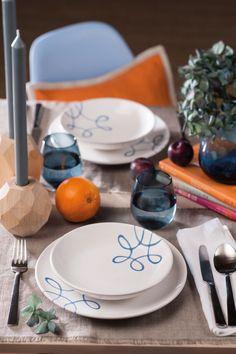 Bei Pur Geflammt Blau nimmt man gerne Platz #gmundner #keramik #handbemaltes #geschirr #design #interior #dishes