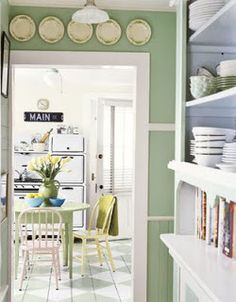 Green and white color scheme. Green and white painted floor - gorgeous country kitchen. Green Kitchen, Kitchen Decor, Kitchen Walls, Kitchen Paint, Sage Kitchen, Kitchen Ideas, Cosy Kitchen, Kitchen Cabinets, Decorating Kitchen