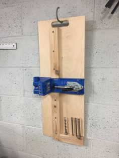 Woodworking Plans Pdf - Woodworking Joinery Simple - Wood Working Jigs Woodworking Tips - Router Woodworking Picture Frames Garage Workshop Organization, Workshop Storage, Home Workshop, Diy Garage Storage, Tool Storage, Kreg Jig Projects, Woodworking Projects Diy, Woodworking Jigs, Japanese Woodworking