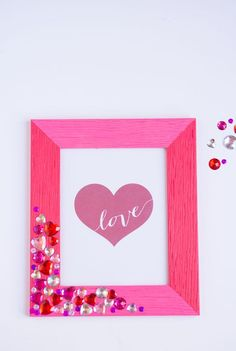 It's so easy to make your own jewel picture frame. Perfect for a Valentine's Day gift idea or for some girly home decor any time of the year! Diy Valentine, Valentine Day Gifts, Pink Crafts, Diy Frame, Make Your Own, Picture Frames, Girly, Jewels