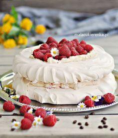 Tort Bezowy z Malinami i Kawą Pavlova Cake, Meringue Cake, Keto Cake, Sweets Cake, Polish Recipes, Food Humor, Food To Make, Delicious Desserts, Cake Recipes