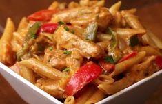 Voor deze romige fajita-pasta heb je maar 1 pan nodig!