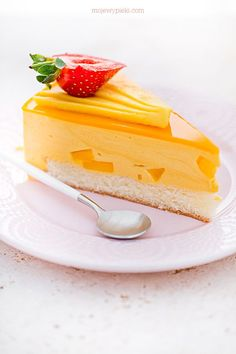 Fruit Recipes, Cake Recipes, Dessert Recipes, Desserts, Mango Mousse Cake, Trifle, Frozen Yogurt, Love Food, Cake Decorating