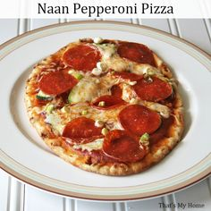 Make our Naan Pepperoni Pizza and dinner can be on the table in about 15 minutes! So fast and easy! Fast and easy pizzas using naan for the crust. Have dinner ready in less than 15 minutes! Naan Pizza, Nann Bread Pizza, Pizza Pizza, Pizza Party, Pizza Recipes Pepperoni, Crispy Pizza, Cooking Recipes, Healthy Recipes, Meal Recipes