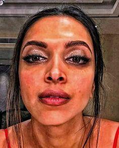 South Indian Actress Hot, Indian Actress Hot Pics, Actress Photos, Indian Actresses, Desi Girl Image, Girls Image, Priyanka Chopra Makeup, Bollywood Actress Hot, Indian Celebrities