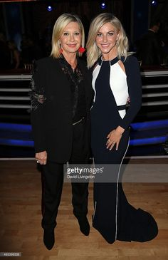 Actress/singer Olivia Newton-John (L) and dancer/TV personality Julianne Hough attend 'Dancing with the Stars' Season 21 at CBS Televison City on October 19, 2015 in Los Angeles, California.
