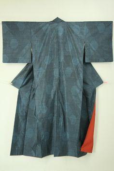 Navy Komon, Abstract Pattern / 藍色地 雪輪幾何学柄紬小紋 おまけの帯付きセット   #Kimono #Japan http://www.rakuten.co.jp/aiyama/