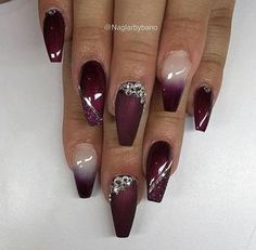 Image shared by Eva Gombos. Find images and videos on We Heart It - the app to get lost in what you love. Bling Acrylic Nails, Sparkle Nails, Best Acrylic Nails, Bling Nails, Swag Nails, Burgundy Nail Designs, Pink Nail Designs, Acrylic Nail Designs, Maroon Nails