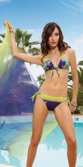 Bikini nueva temporada de Lisca Triangulo rígido para pecho pequeño. Estampado floral.