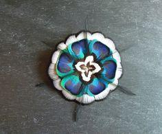 Barrette, broche, peigne pour coiffure avec plumes naturelles - Paon, faisan, coq de la boutique PAONCOMPAGNIE sur Etsy