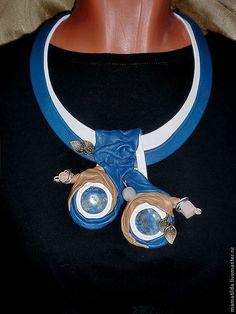 Купить Подвеска Аминта - синий, подвечка, повдеска из кожи, подвеска с камнями, подвеска с лазуритом