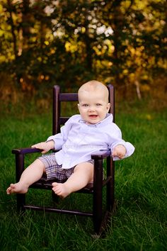 6 month baby photos outdoors | month old portraits | Studio and Outdoor Session Twin Cities, MN ...