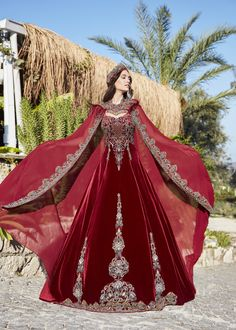 Elegant red prom dresses gowns Buy gowns for ladies dress online from Turkey. Hijab Wedding Dresses, Elegant Prom Dresses, Pretty Dresses, Beautiful Dresses, Hijab Prom Dress, Hijab Bride, Royal Dresses, Linen Dresses, Fantasy Gowns