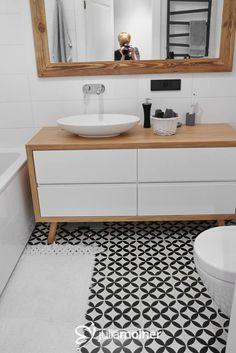 Piękne połączenie biel drewno czarny szafka na zamowienie http://www.zoe.com.pl/ cena ok 300, umywalka villeroy & boch w łazienka plus