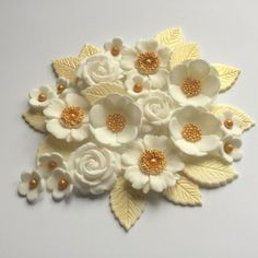 Golden Wedding Petals and Roses. A lovely mix of ivory/cream rose style flowers, blossoms and leaves with gold accents all individually handmade - the perfect finish to celebration cakes and cupcakes - add a little sophistication to the centrepiece anniversary cake ! | eBay!