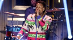 Watch Wiz Khalifa & The Roots perform 'Bake Sale' sans Travi$ Scott. Wiz Khalifa is currently in NYC pimping his new album Khalifa. Amber Rose made an appearance at the official Khalifa listening party Wednesday night to show support for Sebastian's dad. Thursday night he stopped by 30 Rock to perfo...