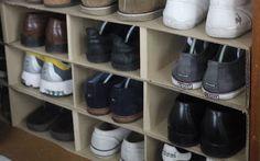 Nel mio solito girovagare per il web, mi sono imbattuta in tantissimi tutorial di riciclo scatole di cartone (quelle delle scarpe per intenderci) e i risul