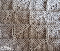 Thunderbird stitch |  Pattern uses only knit and purl stitches
