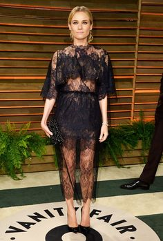 Diane Kruger: Sexy Sheer at Vanity Fair Oscars Party 2014 with Joshua Jackson!: Photo Diane Kruger holds hands with her longtime love Joshua Jackson as they take photos at the 2014 Vanity Fair Oscar Party hosted by Graydon Carter held during the Valentino Couture, Valentino Dress, Diane Kruger, Party Looks, Star Fashion, Look Fashion, Fashion Photo, Glamour, Looks Black