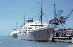 Carnarvon Castle, Port Elizabeth - Jan 1956 (M.Edwards) Union-Castle Ocean Liner Postcards by Edwards Cruise Boat, Cruise Ships, Port Elizabeth South Africa, Abandoned Ships, Merchant Navy, Beyond The Sea, Railway Posters, Tall Ships, Sailing Ships