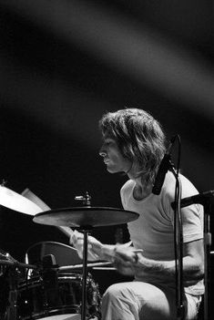 Mick Jagger Rolling Stones, Los Rolling Stones, Like A Rolling Stone, Charlie Watts, Twist And Shout, British Rock, Best Rock, Band Photos, Keith Richards