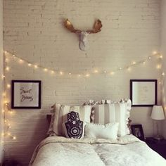 I want to add these lights above my bed!!