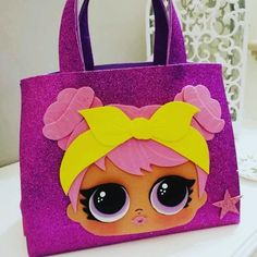 Lol bag, lolsurprise, borsa lol, lolbag, lol party Diy Bags Purses, Diy Purse, Foam Crafts, Crafts To Make, Birthday Party Centerpieces, Kokeshi Dolls, Lol Dolls, Mothers Day Crafts, Waldorf Dolls