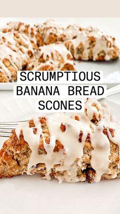 Banana Scones, Banana Bars, Breakfast Pastries, Sweet Breakfast, Breakfast Dessert, Cheesecake Recipes, Banana Cheesecake, Cheesecake Squares, Cheesecake Bites