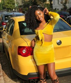 GHAIR virgin human hair kinky curly frontal and for black women Yellow Bone, Black N Yellow, Color Yellow, Long Curly Hair, Curly Hair Styles, 18th Birthday Outfit, Birthday Outfits, Photos Of Short Haircuts, Brazilian Hair Weave