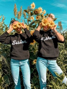 Hamburger Haenger® Sister Herz Hoodie Schwarz - twinning with the bestie. Hamburger Haenger® Sister Herz Hoodie Schwarz - twinning with the bestie. Best Friends Forever, Best Friends Tumblr, Friends Mode, Tumblr Bff, Cute Friends, Sisters Tumblr, 2 Best Friends, Bff Pics, Cute Friend Pictures