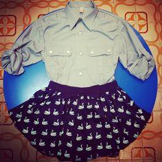 #Camicia #stile militaresco 30 euro #gonna a vita alta con #cigni 35 euro!