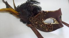 Máscara bordada jussarasantos.weebly.com