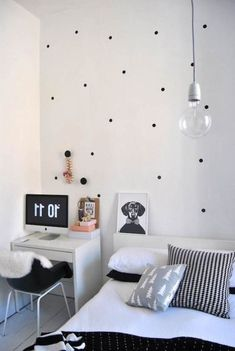 Black White Simple Bedroom Decorating Ideas For Young Women : Trendy Bedroom Decorating Ideas for Young Women – Better Home and Garden Modern Bedroom Decor, Master Bedroom Design, Trendy Bedroom, Home Bedroom, Kids Bedroom, Bedroom Designs, Bedroom Simple, Modern Bedrooms, Bedroom Desk