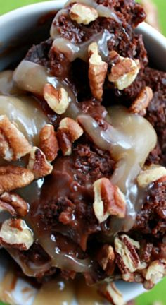{Crock Pot} Turtle Pudding Cake Recipe ~ This is one serious yummylicious bit of heaven!