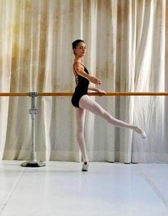 What I wouldn't give to go back in time and make myself stay in dance classes. Being graceful like this and being able to express yourself through dance must be so satisfying.