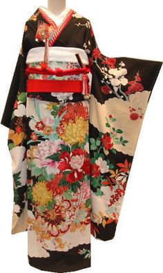 Wedding Kurobiki Furisode kimono I would love to wear.