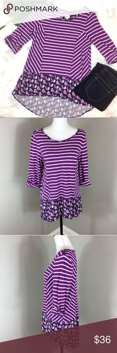 Anthropologie Postmark Fairly Tunic Anthropologie Postmark Fairly Tunic in Purple. Size large. Approximate measurements flat laid are 27' front length and 31' back length. Pre-owned condition with wear. The bottom has some flaws, please see photos. ❌I do not Trade 🙅🏻 Or model💲 Posh Transactions ONLY Anthropologie Tops Blouses