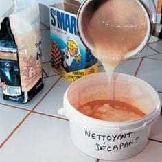 Recette facile pour fabriquer soi-même sa pâte à décaper pour rénover son petit mobilier en bois.