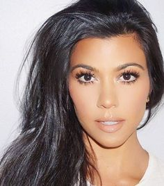 kourtney-kardashian-diet-makeup-skin