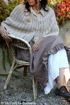 Robe Mandarinbillie et ancien cache-épaule en laine
