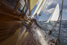 Panerai feiert zehn Jahre Leidenschaft für klassische Segelyachten Classic Yachts, Sailing Ships, Boat, Sailing Yachts, Sailing, Passion, Classic, Dinghy, Boats