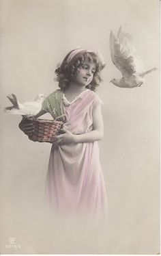 Vintage pic of child Vintage Children Photos, Vintage Pictures, Old Pictures, Vintage Images, Old Photos, Vintage Crafts, Vintage Ephemera, Vintage Postcards, French Postcards