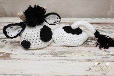 Soooo cute! Crochet Baby Cow Set by LionandLambPhotos on Etsy