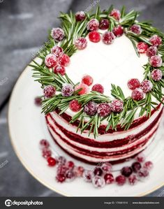 New Easy Cake : Christmas Red Velvet Cake Decorated Sugared Cranberries Rosemary Leaves, Christmas Sweets, Christmas Cooking, Noel Christmas, Christmas Goodies, Holiday Baking, Christmas Desserts, Holiday Treats, Holiday Recipes, Christmas Cakes